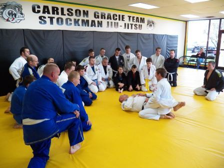 Carlson Gracie Jr demonstrating a technique in 2013